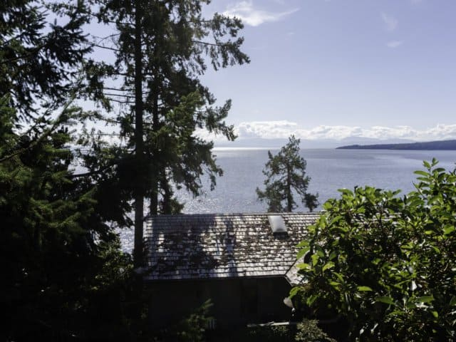 Interlock Metal Roofing Standing Seam Halfmoon Bay, BC Canada