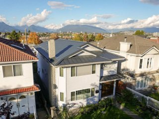 Interlock Standing Seam Roof Deep Charcoal Vancouver Special