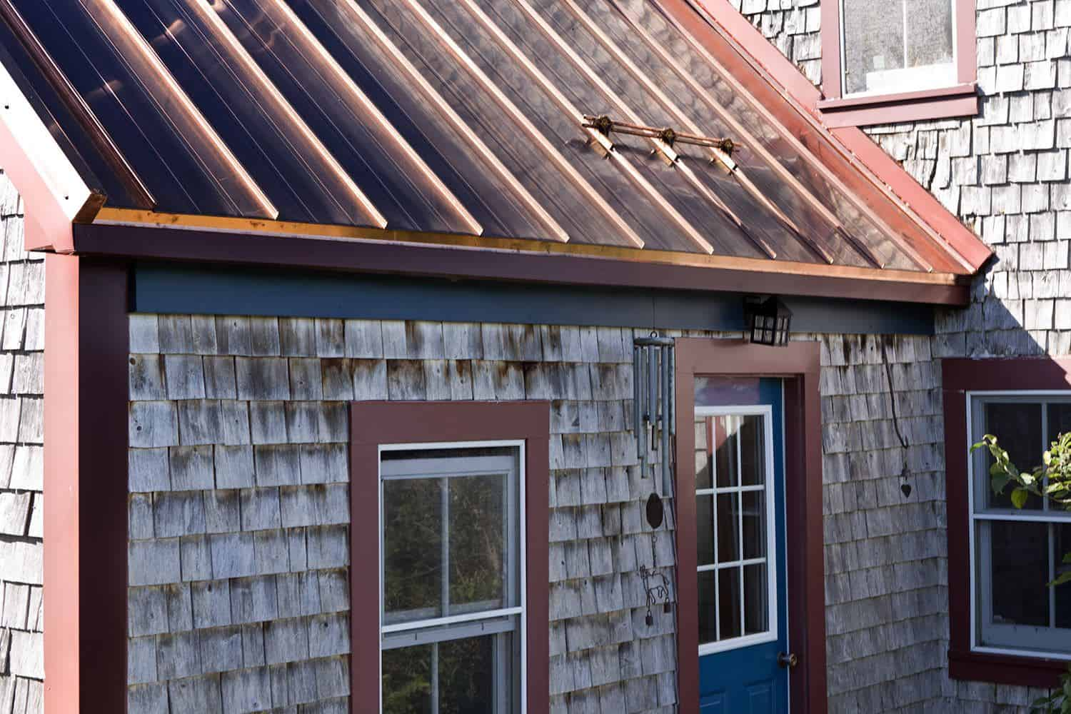 ... Interlock Standing Seam Roof Historic Wood Shake House ...