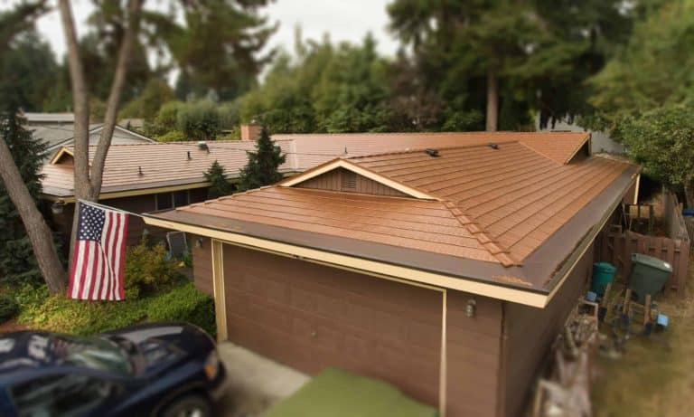 WAEV-17-022 Bellevue, WA 98008 USA Aged Copper Interlock Cedar Shingle Roof